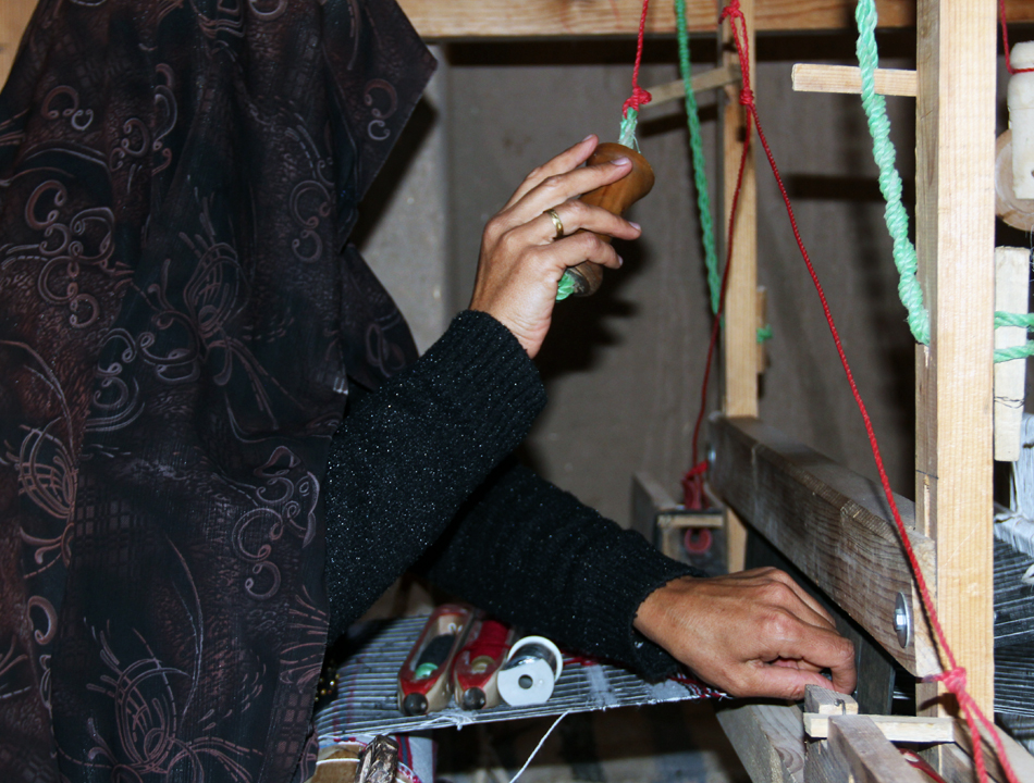 Silk Waving by Women
