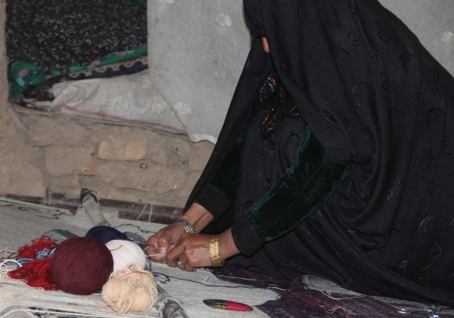 Silk Carpet Weaving